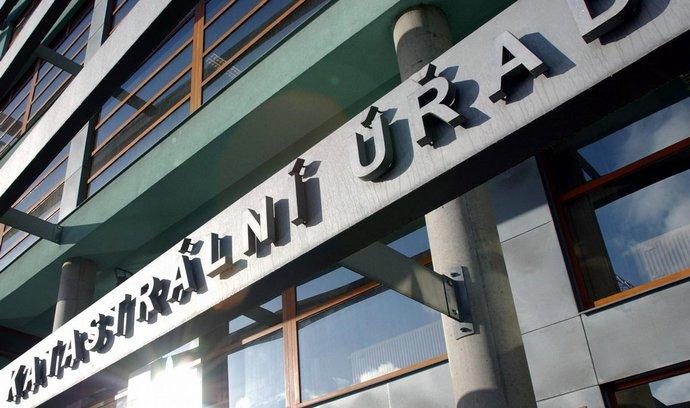 Zvýšení poplatku za přijetí návrhu na zahájení řízení o povolení vkladu do Katastru nemovitostí
